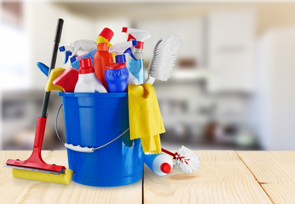 Bucket-of-cleaning-tools-1024x709.jpg